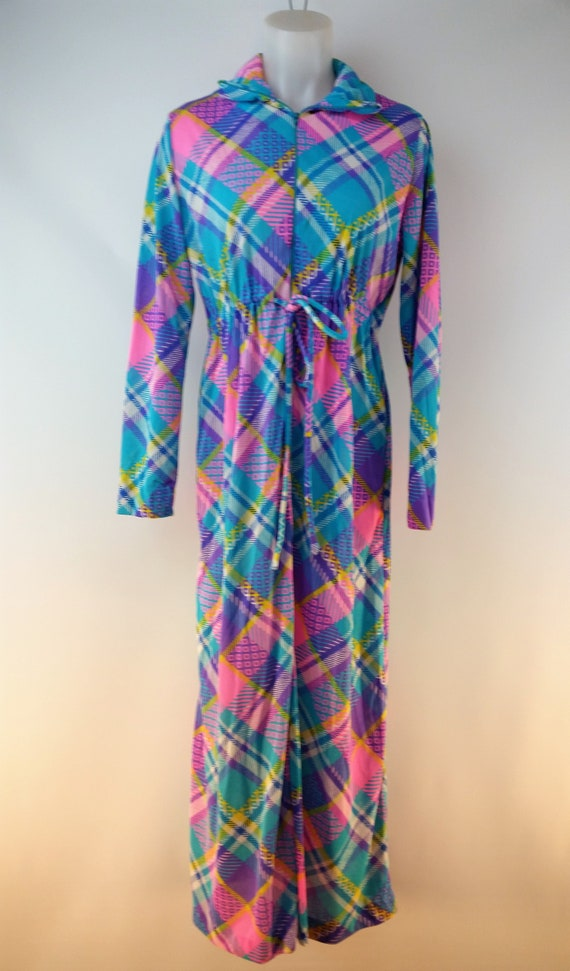 Vintage 60s Funky Patchwork Polyester Maxi Lounge… - image 1