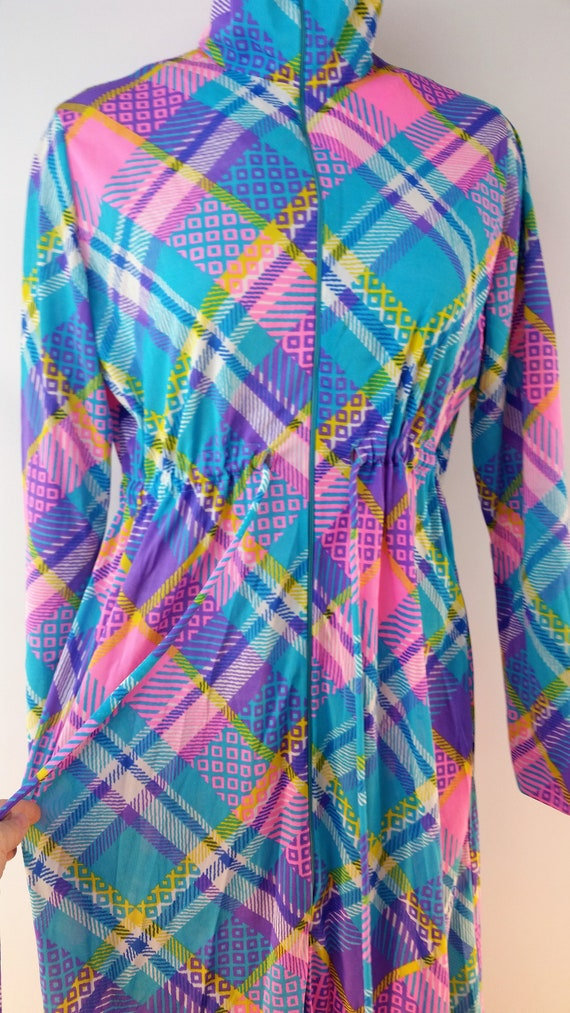 Vintage 60s Funky Patchwork Polyester Maxi Lounge… - image 6