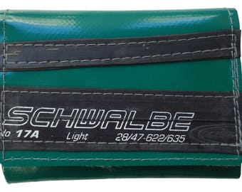 STITSJ Vegan wallet green with bicycle tyre