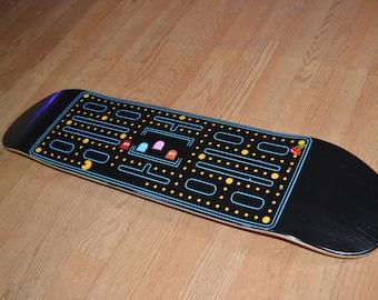 Pac-Man Skateboard Deck 8.0