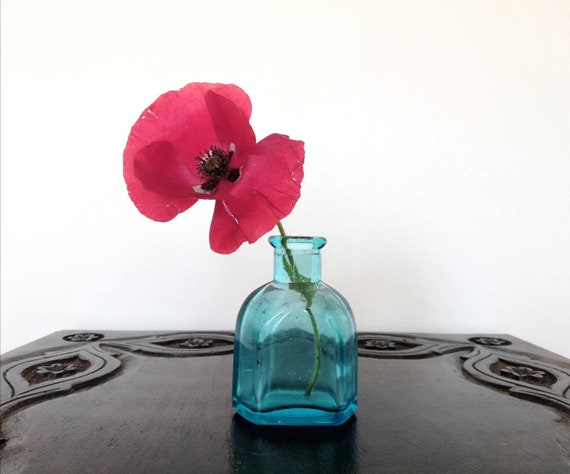 Small Mini Vintage Blue Glass Vase Turquoise Light Blue Bud Etsy