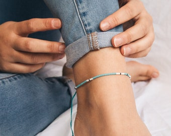 Beading Macrame Boho Daisy Bracelet Anklet wear Ankle or Wrist