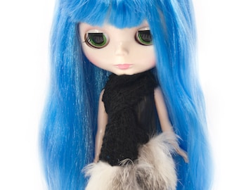 Rabbit Fur Knit Scarf for Blythe Doll, Handmade in Wales, Recycled White Natural Winter Unique Collectors Gift Barbie Sindy Fashion Doll