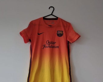 b52b6dce306 Amazing Rare collectible girl cut Barcelona away jersey orange