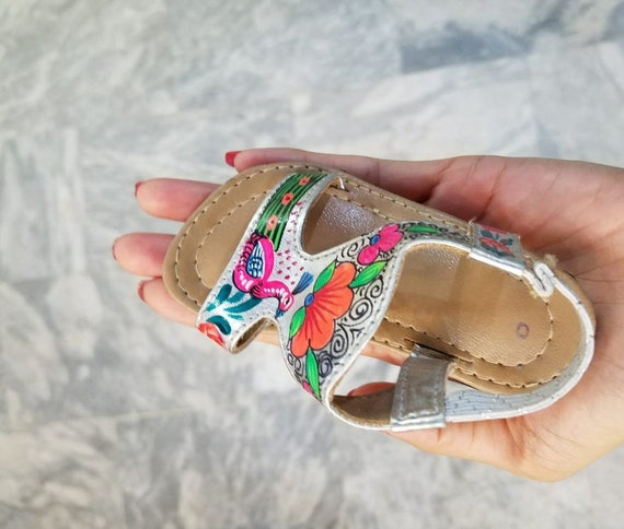 Fancy Silver   Gold Newborn to toddler baby jutti sandals with