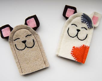 AUGUST finger puppets cats
