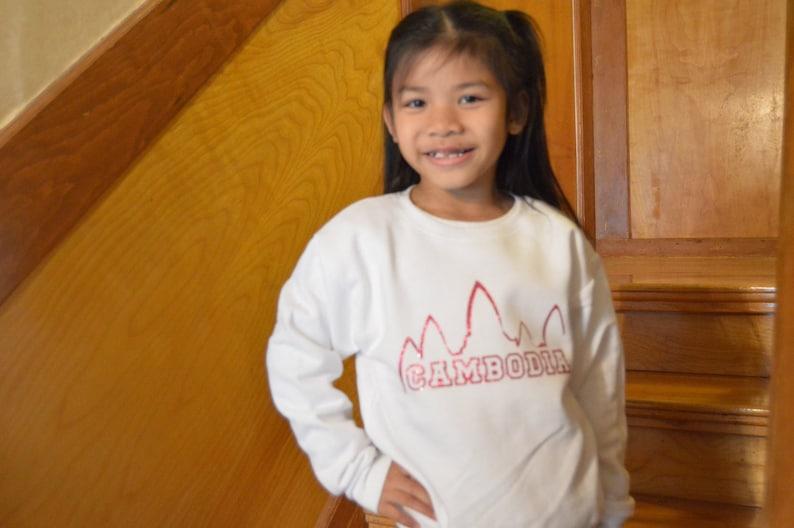 Cambodia crew neck sweater