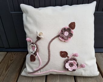 Pillow Cover with crochet flowers, Rustic Home Decor, Rustic Pillow Cover, Accent Pillow, Cottage Chic, Country decor, Pink/Cream/Brown