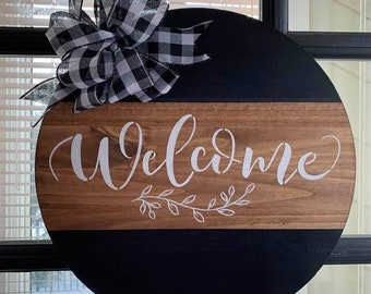 """Welcome Wood 18"""" Round"""