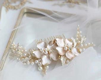 Celestia Vintage Floral Bridal Simple Petite Elegant Haircomb