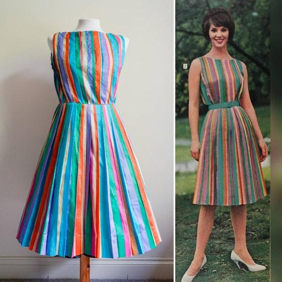 Vintage 1960s 50s rainbow pleated ribbon pride dre