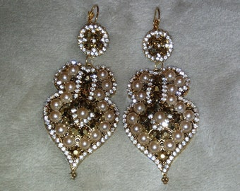 Big Earring made with Rhinestone and Pearls