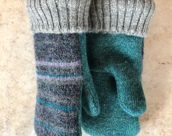 from Recycled Sweaters Wool Upcycled Sweaters Black 3-D Knit w Mottled Gray Palm- Gloves Men/'s Sweater Mittens Great Hand Warmers