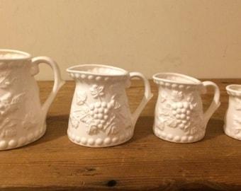 Vintage Ceramic Grapevine measuring cups