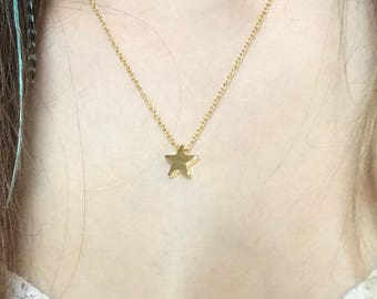 Gilt Gold Star pendant necklace