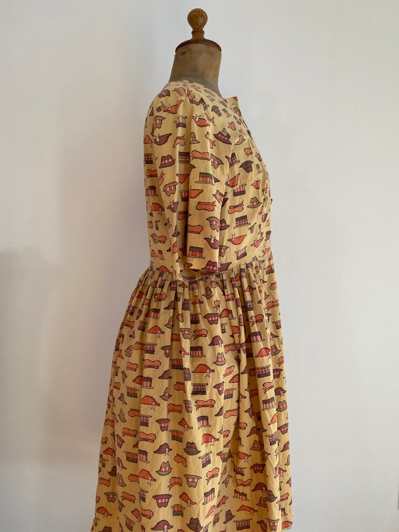 1940s/50s Handmade WWII Homefront Novelty Print D… - image 4