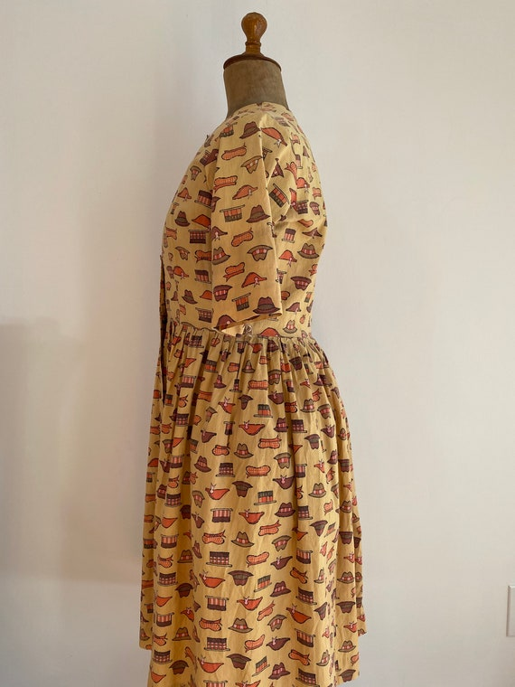 1940s/50s Handmade WWII Homefront Novelty Print D… - image 3