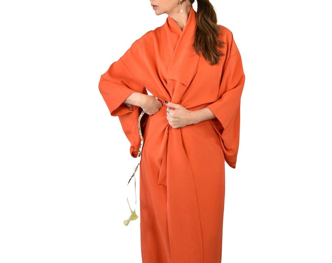 Japanese Vintage Kimono Robe orange with belt / cleaned and ready to wear / sexy dressing gown / Lounge Wear / including Silk Belt