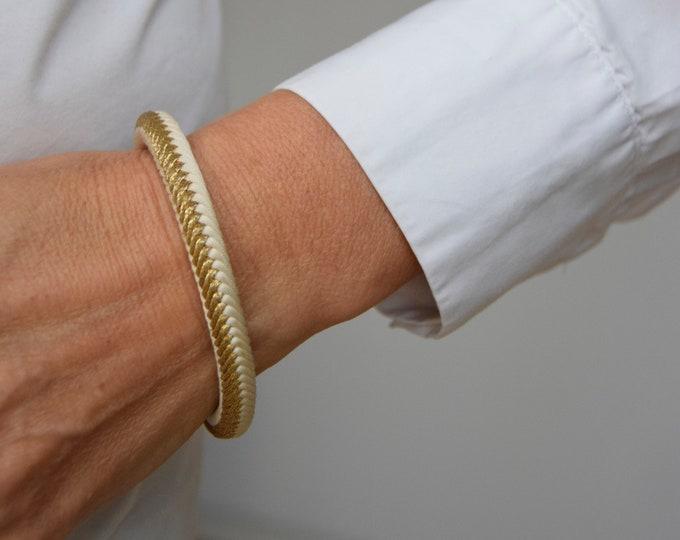 "Bracelet ""Hikari"", Japanese vintage Obijime Accessory, Wabi Sabi Silk Bangle, Present, Kumihimo Bracelet, Obijime,"
