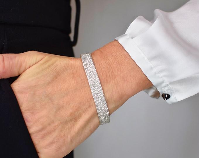 "Bracelet ""Kumo"" Wolke, Japanese Vintage Obijime Accessory, Wabi Sabi Silk Bangle, Present, Kumihimo Bracelet, hand braided Obijime, Present"
