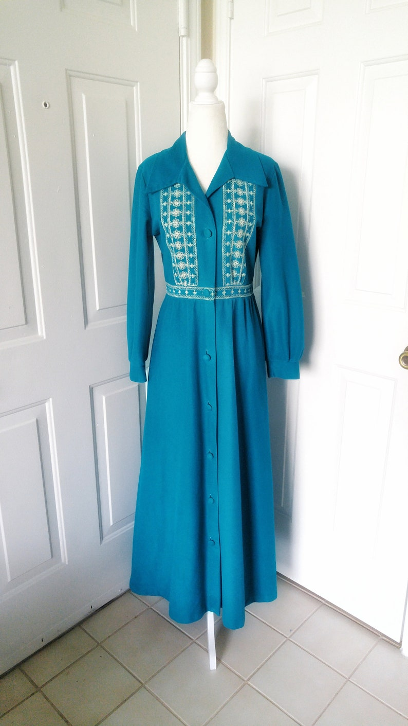 Small Vintage 1960s Teal Velour  Warm Cozy Robe from Sears with Ivory Embroidery and Covered Buttons Sash