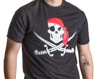 e1ffab95 Jolly Roger Pirate Flag | Skull & Crossbones Buccaneer Costume Unisex T- shirt