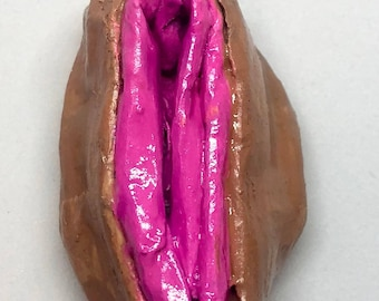 Pretty in Pink Vagina Magnet