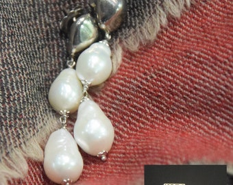 Freshwater pearls and Silver earrings