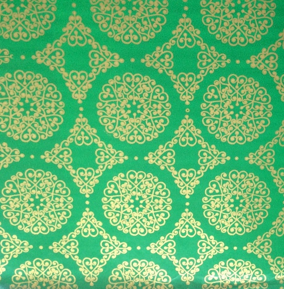 Christmas Gift Wrap Design.Christmas Gift Wrap Vintage Gold And Green Hearts And Swirls Design Holiday Gift Wrap