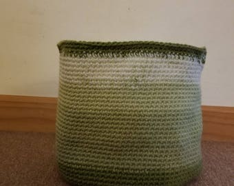 Green ombre basket