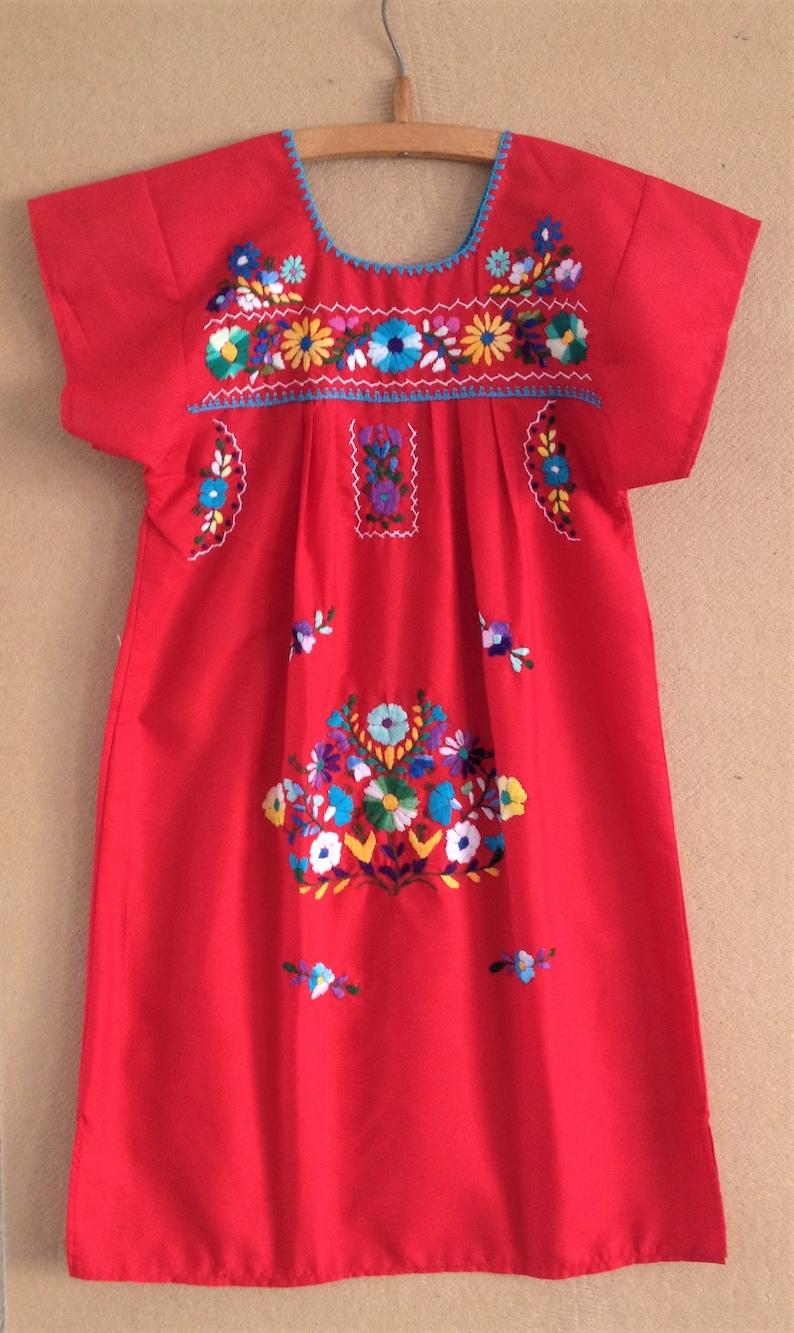 mixteca Oaxaca region Embroidered mexican girl dress mexican outfit girl. vestido bordado mexicano