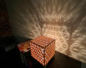 Shadow Lamp - Grid