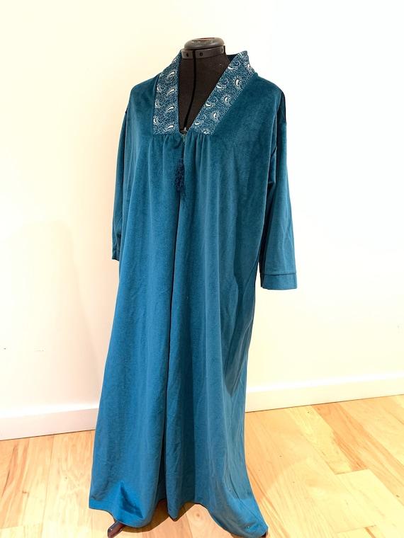 Vintage Velvet Robe / 1970s Kaftan