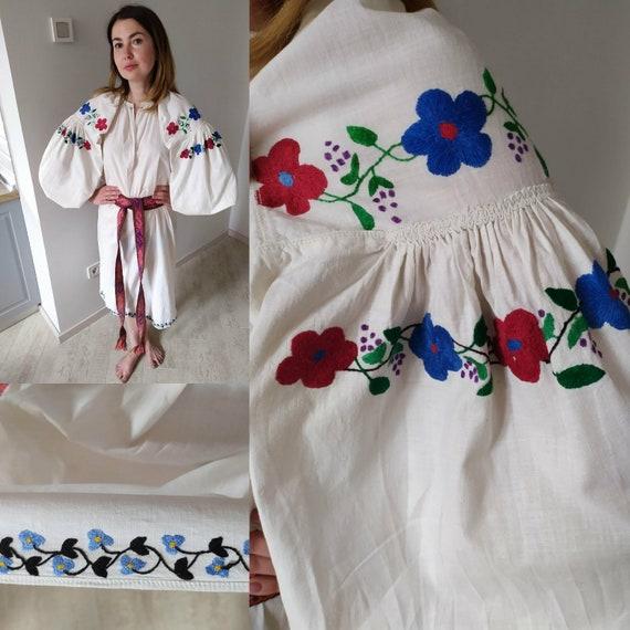 Vintage outfits!! Vyshyvanka vintage Embroidered s