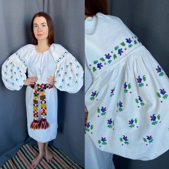 Linen Dress Embroidered dress Big big sleeves Folc