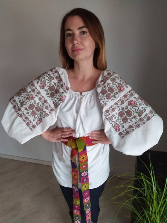 Ukrainian outfit Vyshyvanka  Antique womens handma