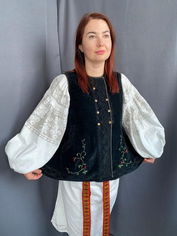 Noble Vest Velvet vest Vintage vest Antique vest … - image 3
