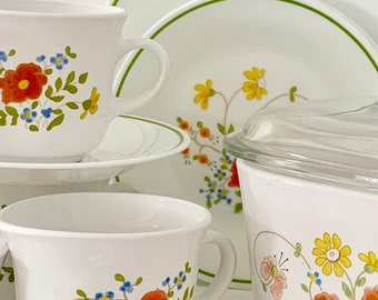 """Vintage Corelle By Corning Wildflower Meadows Salad Plates Sandwich  Luncheon Plates Orange Flowers 8 1/2""""    Replacements"""