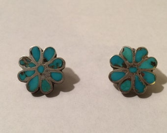 Vintage Sterling Silver & Turquoise Native American Zuni Point Earrings