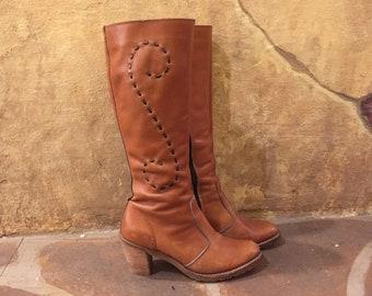 Dingo 1970s brown leather heeled boho boots Size 6 1/2
