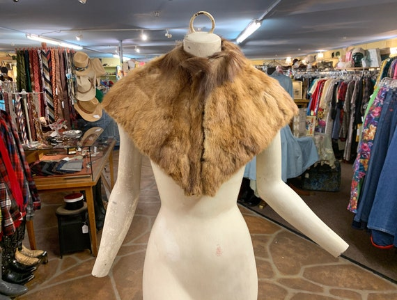 Antique Edwardian Victorian fur capelet shawl coll