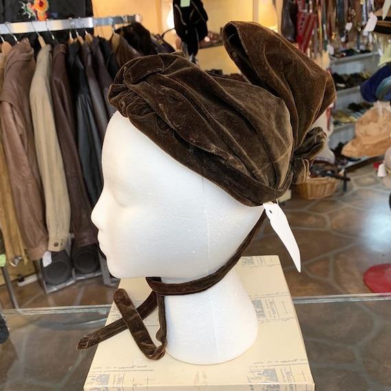 Antique Victorian era 1900s RARE velvet bonnet hat - image 7