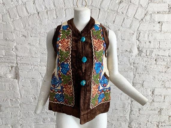 Vintage 60s 70s embroidered sheepskin Afghan Mongo