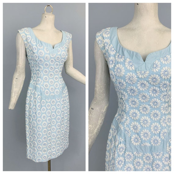 Vintage 60s blue daisies embroidered wiggle dress