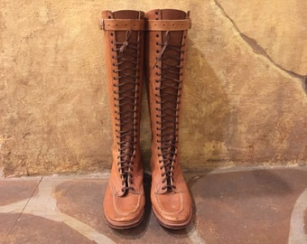 1970s tan leather lace-up knee high boots Sz 7 1/2