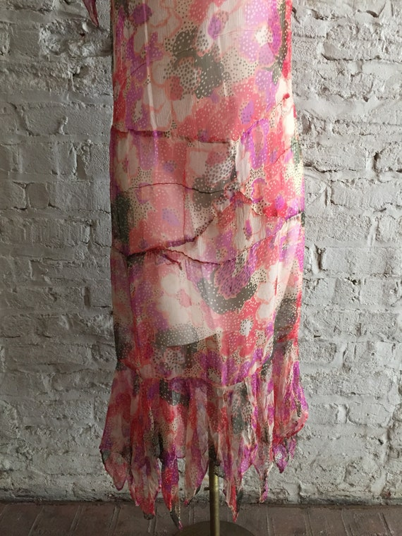 1920s/1930s sheer silk chiffon floral scarf hem d… - image 6