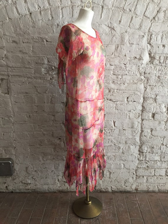 1920s/1930s sheer silk chiffon floral scarf hem d… - image 4