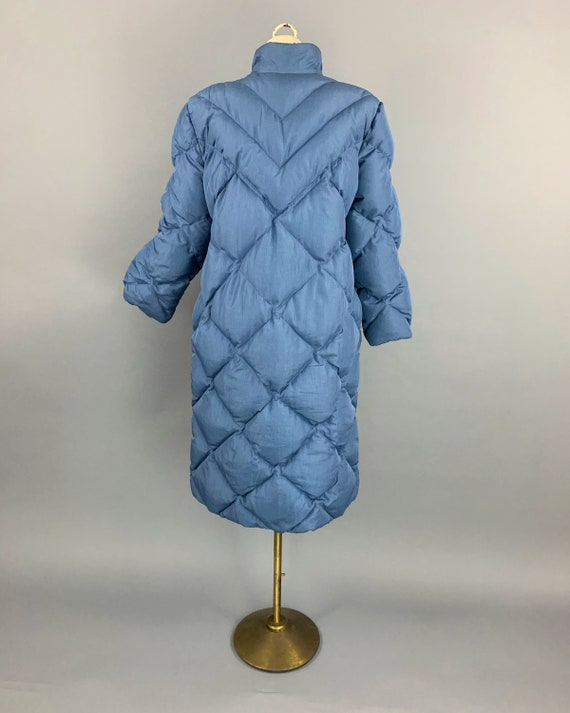 Vintage 80s Bill Blass down maxi puffer coat | 19… - image 8