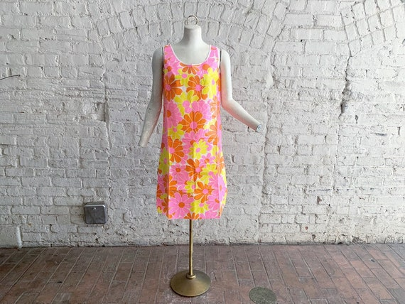 Vintage 60s RARE disposable PAPER dress | 1960s MO