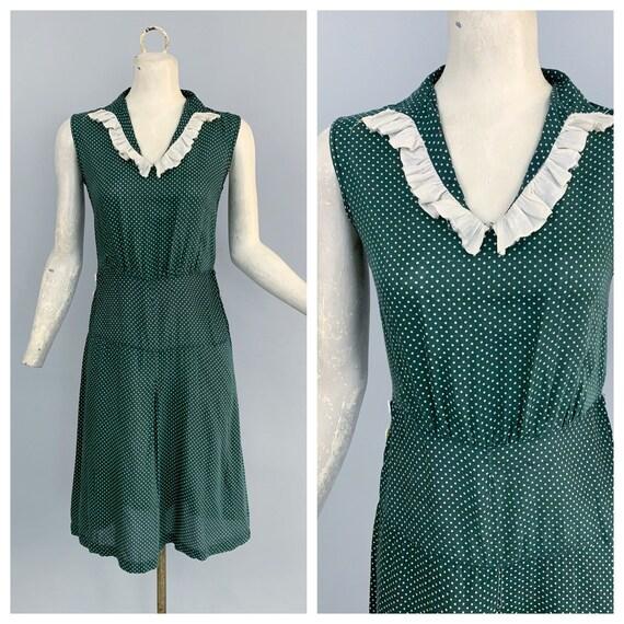 Vintage 30s green polka dot cotton day